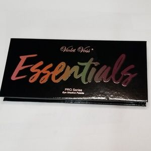 Violet Voss Essentials Pro Eyeshadow Palette